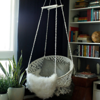 Creating with the Stars Round 1: Macramé hanging chair