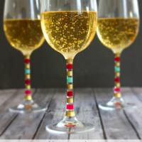 2-ingredient Sparkling Apple Cider