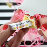 DIY Custom Fortune Cookies - Valentine's Edition