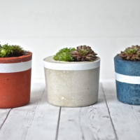 DIY Projects: Patriotic Concrete Planters