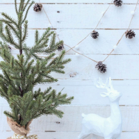 Bake Craft Sew Decorate: DIY Pinecone and Pom Pom Garland