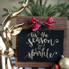Bake Craft Sew Decorate: Tis the Season Glittered Christmas Sign