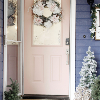 Prescott View Home Reno: Holiday Front Door Makeover and easy updates for your home!