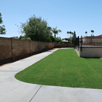 Modern Ranch Reno: Concrete Sidewalk