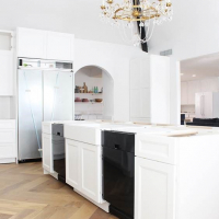 Mallory's Classic Colonial Kitchen: Renovation Selections