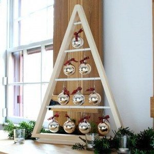 How cool is this modern wood Christmas Tree that thatsmyletterhellip