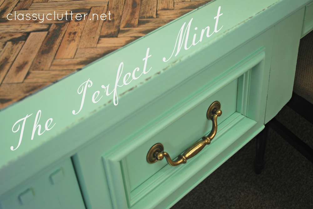 perfect mint desk