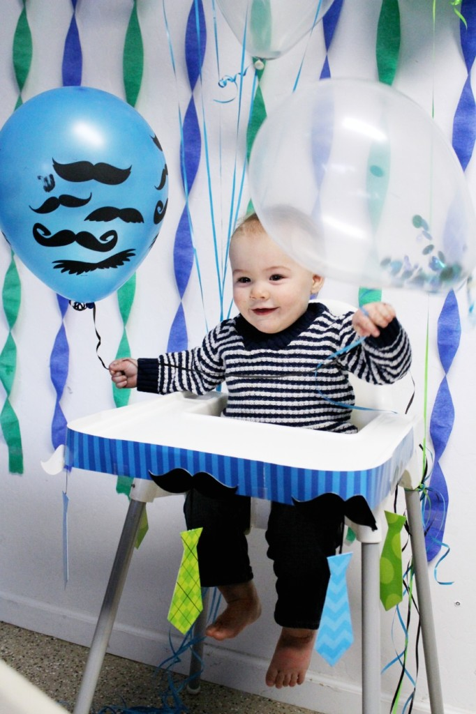 """Little Man"" Mustache birthday party! Tons of cute ideas for any little boy party! 