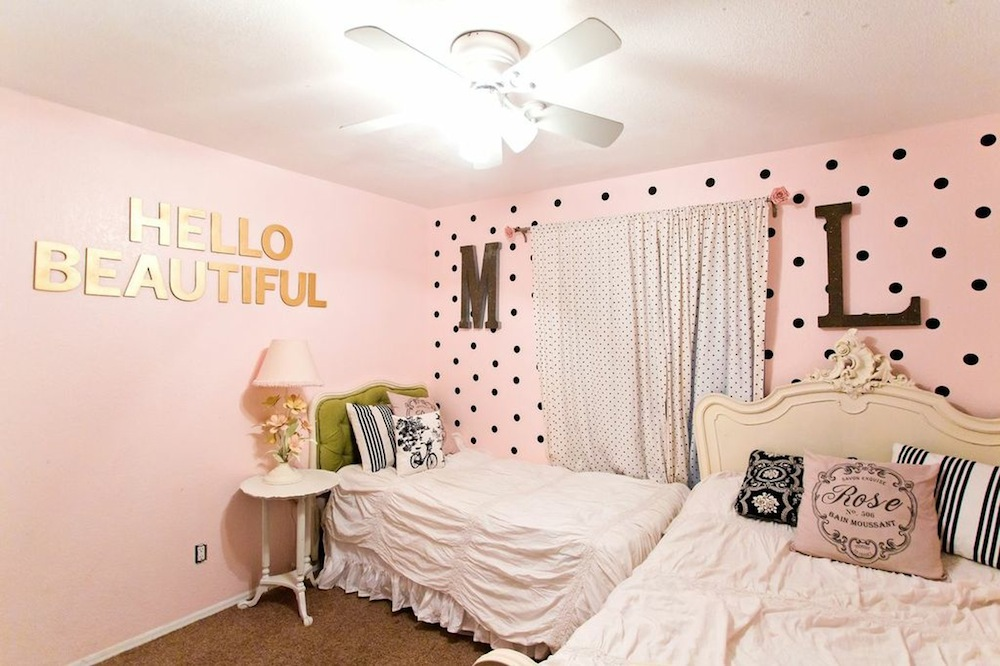 Pretty Shared Bedroom Designs For Girls: Shared Girls Room