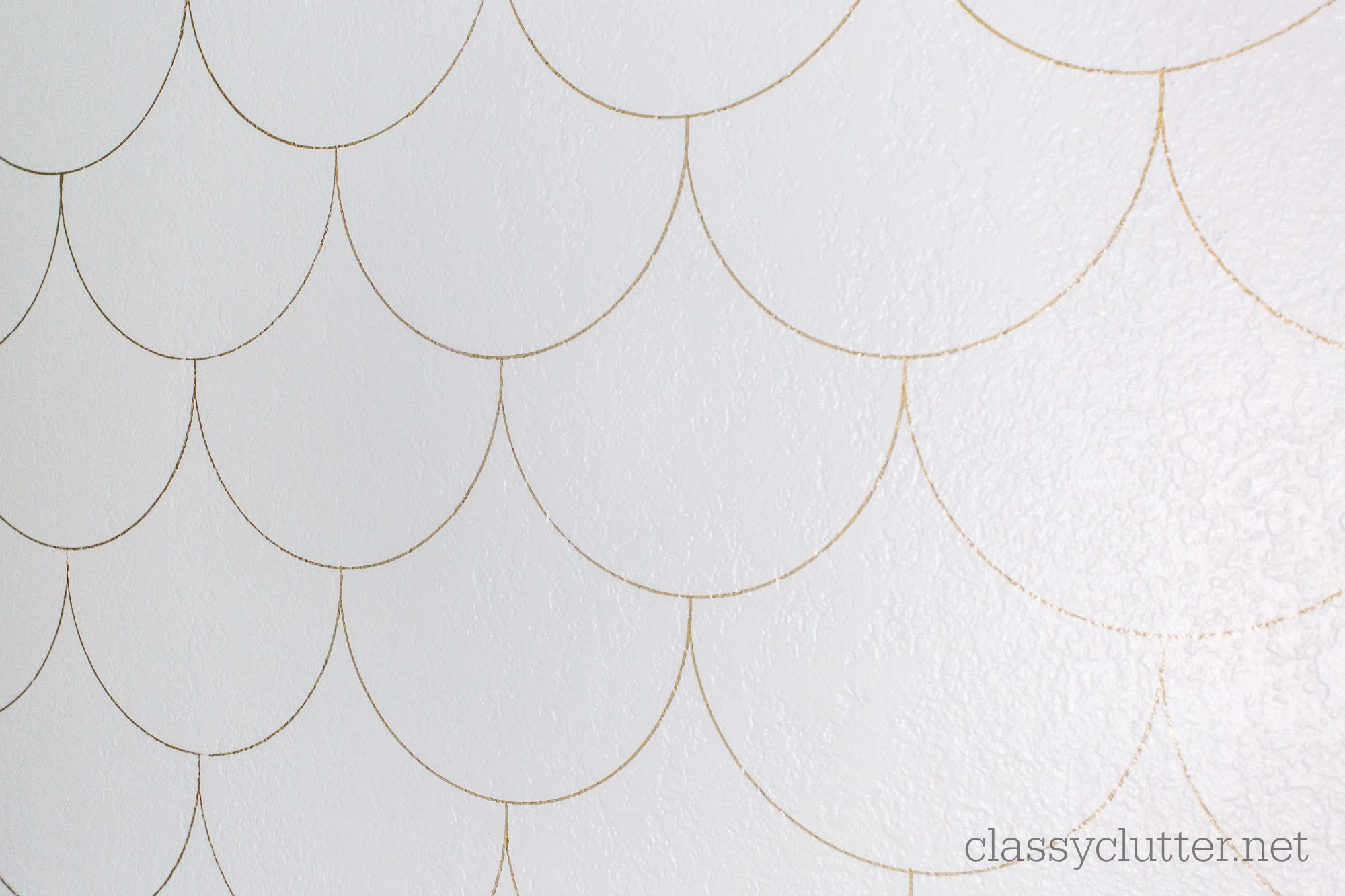 Scalloped Wall 10