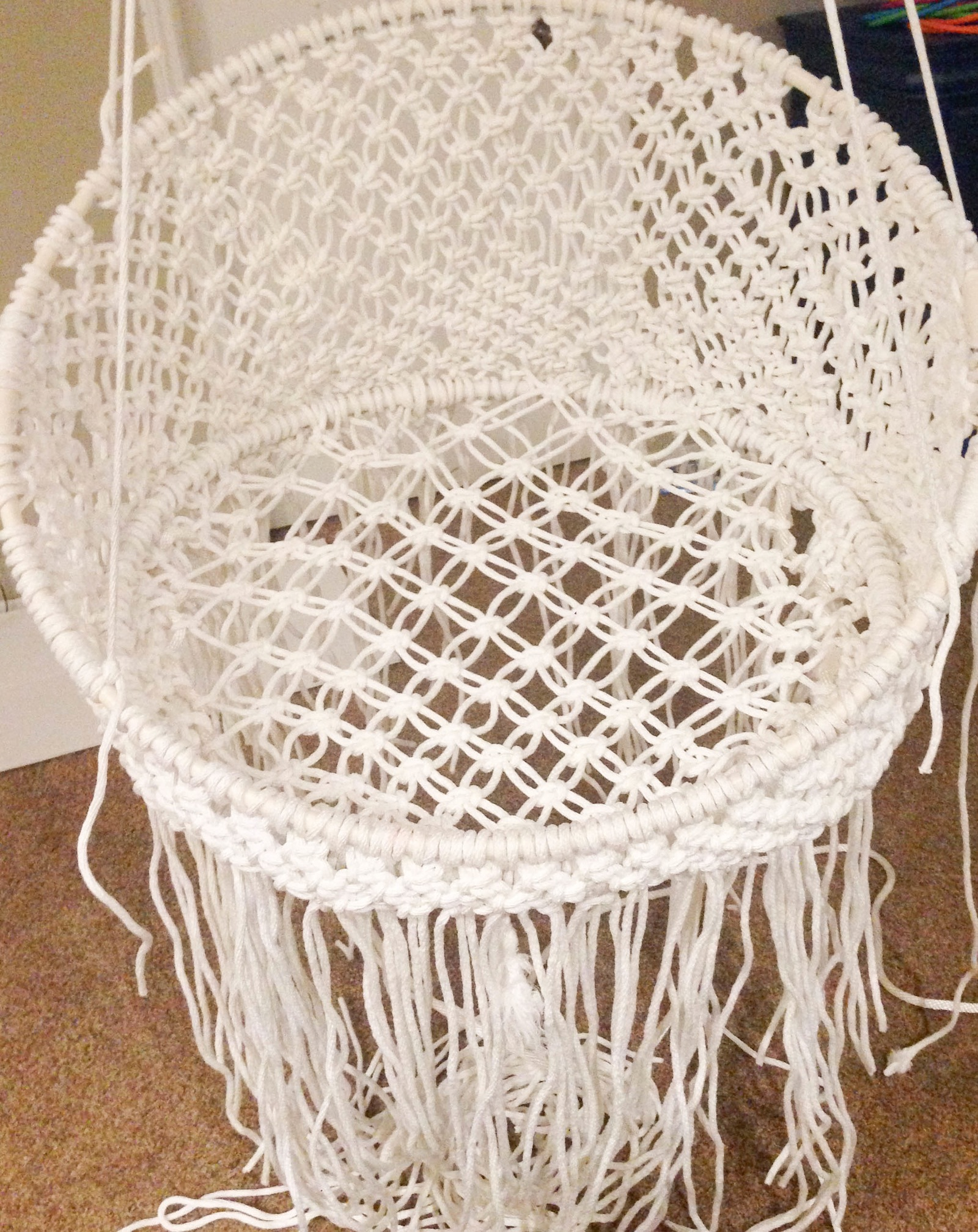 Diy hanging macram chair for Macrame hanging chair