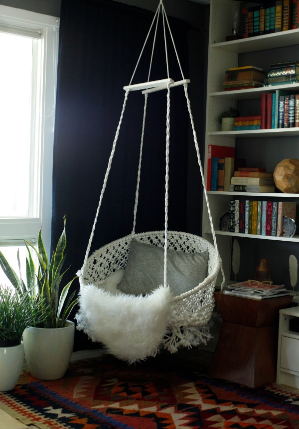 Diy hanging macram chair for Diy bedroom hammock