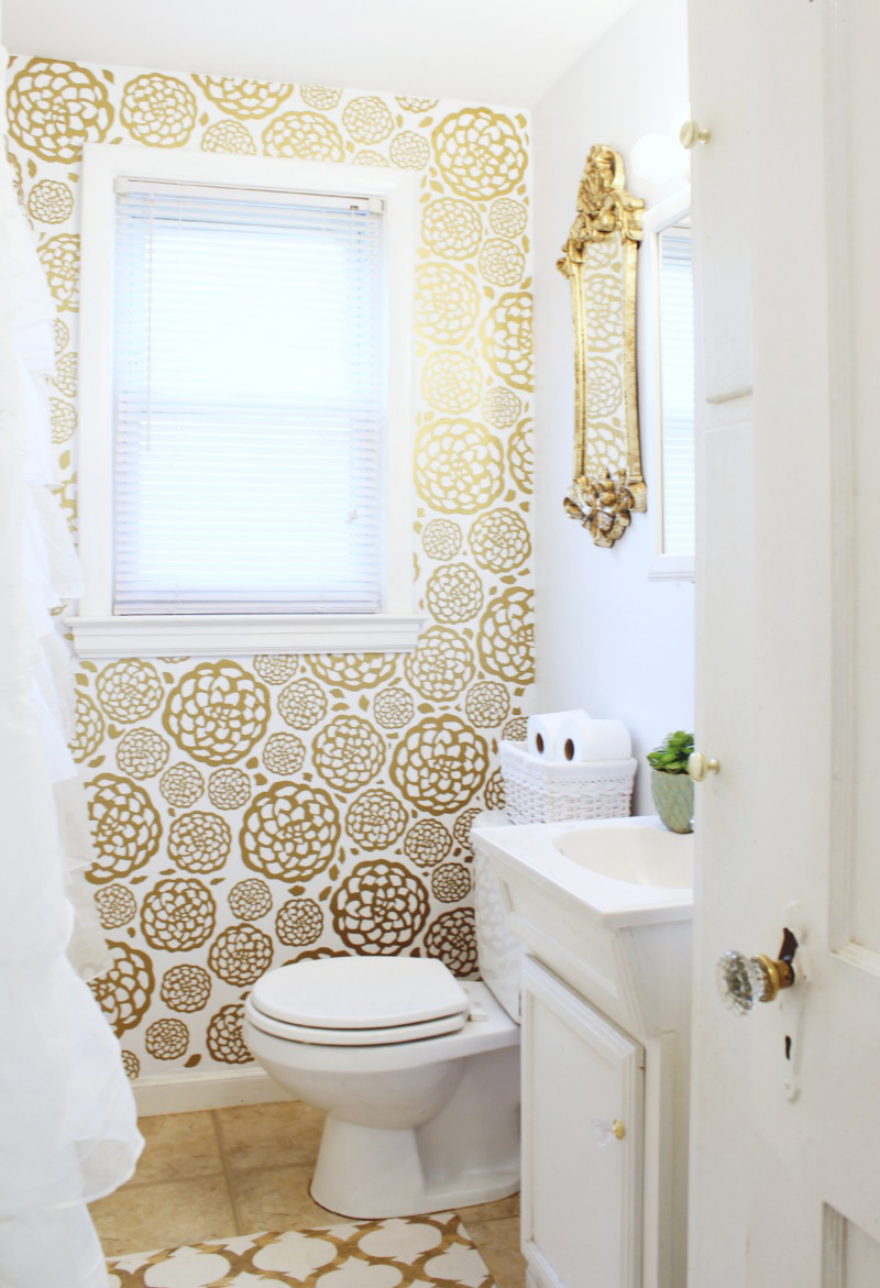 Gold Glam Bathroom Makeover