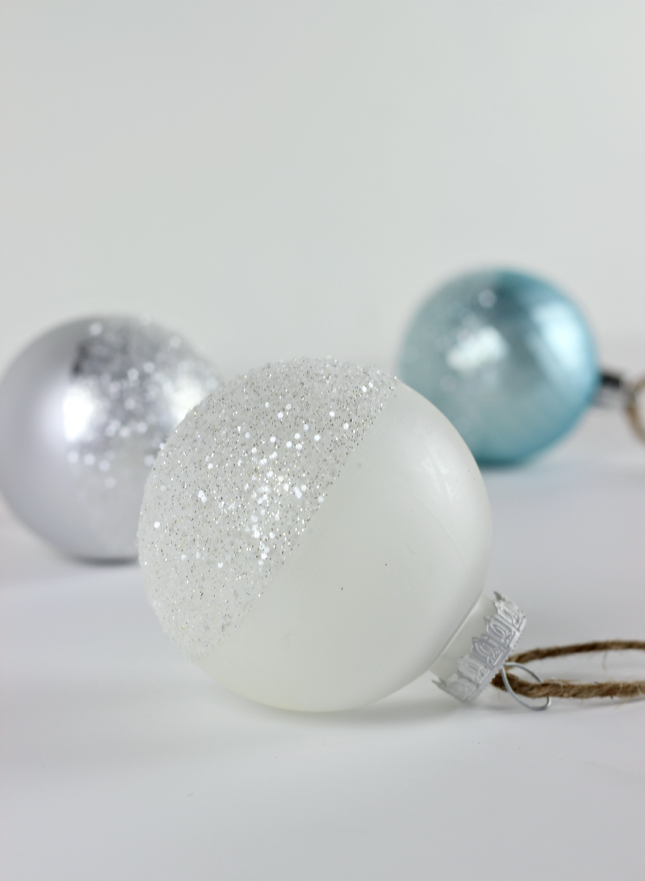 Glitter Dipped Ornaments_2