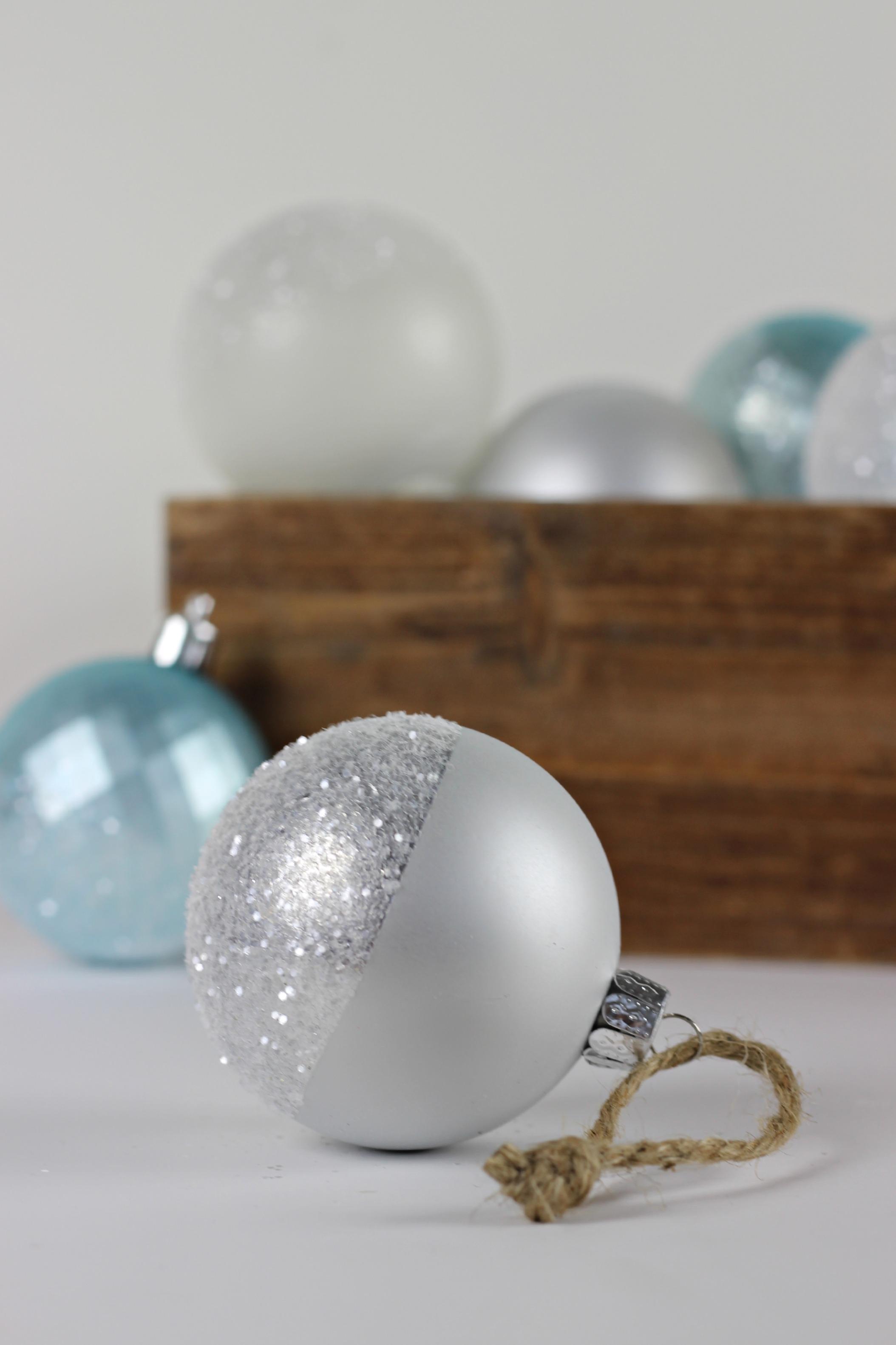 Glitter Dipped Ornaments_4