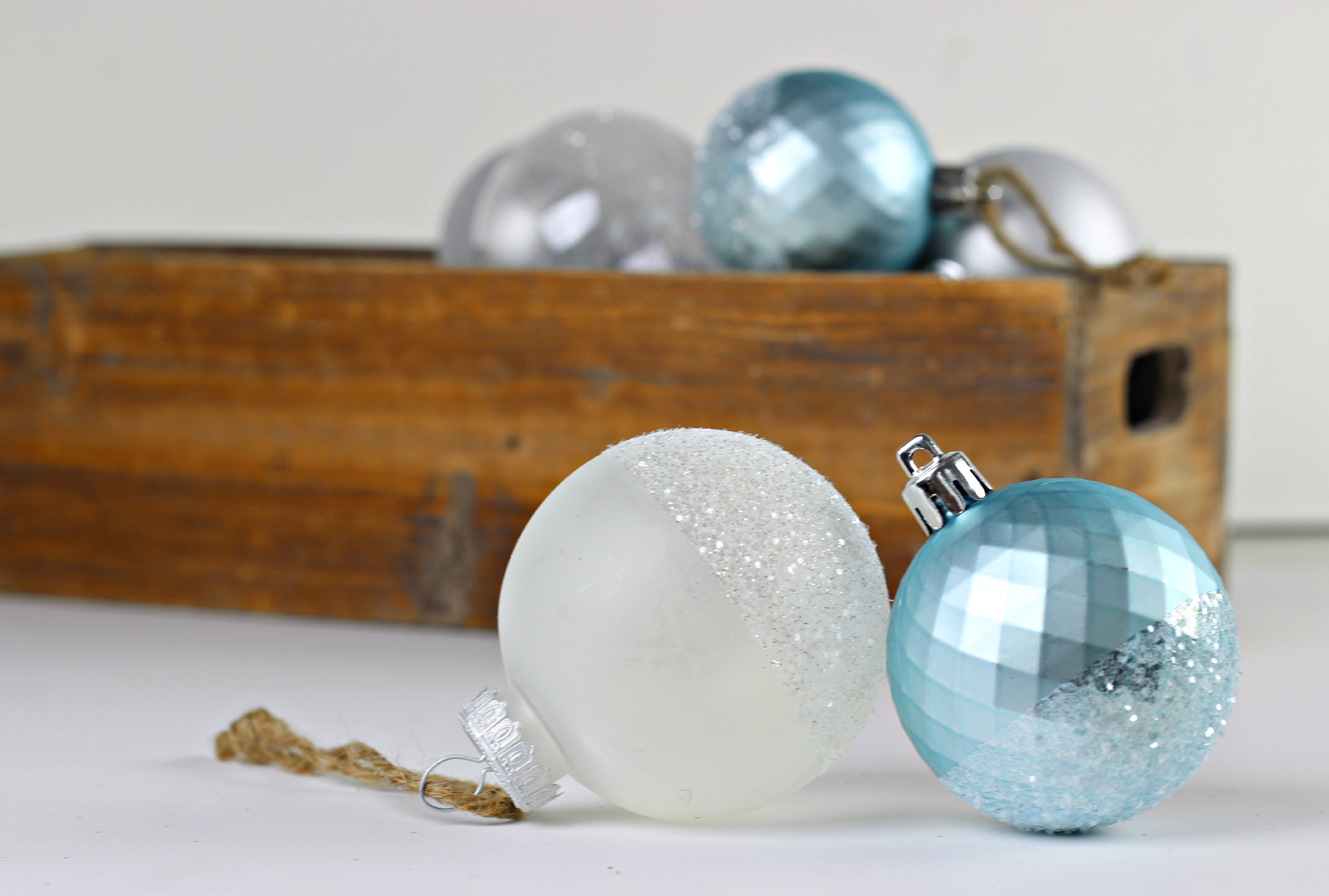 Glitter Dipped Ornaments_5