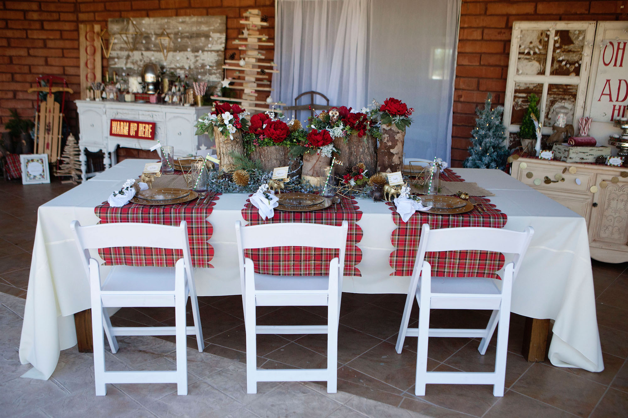 Merry & Bright Holiday Party - Tablescape