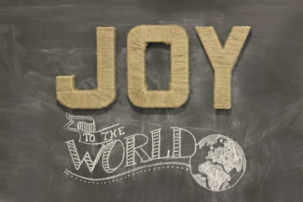 Jute wrapped JOY letters_3