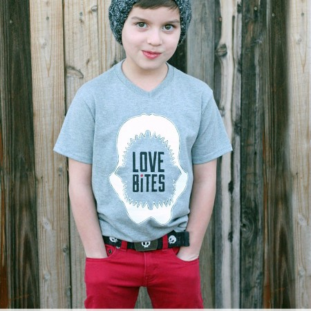 DIY-Boys-Valentines-Shirt