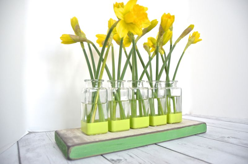 DIY Bud Vase Centerpiece