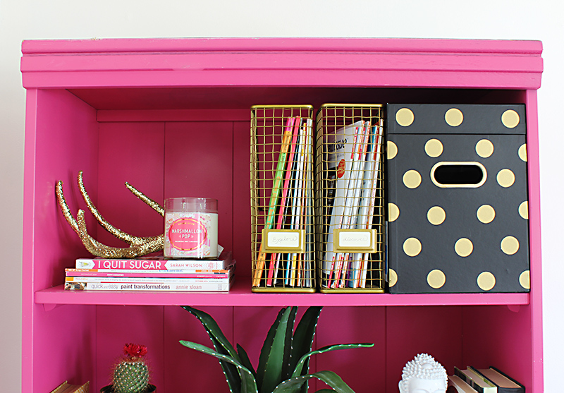 How to Style a Bookshelf_8