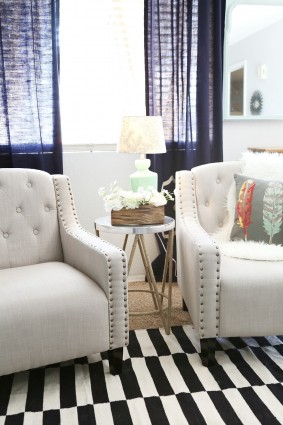 Tips on how to Style an End Table