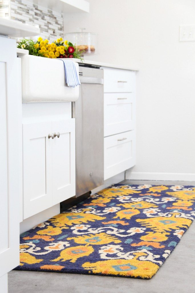Love this ikat runner rug from RugsUSA!