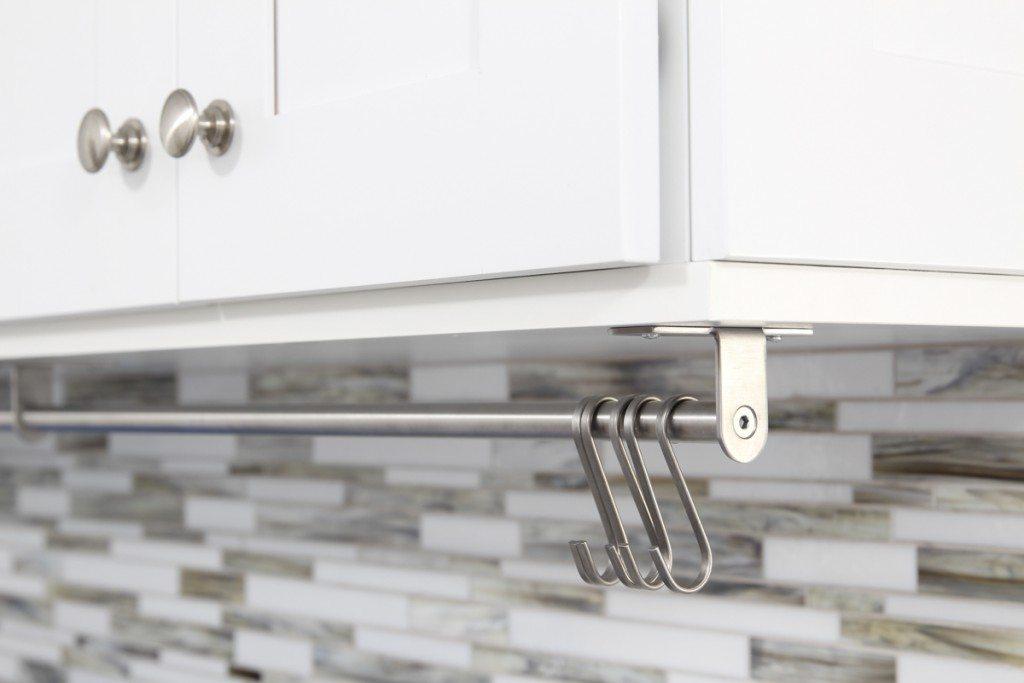 Laundry room utility rail is smart!
