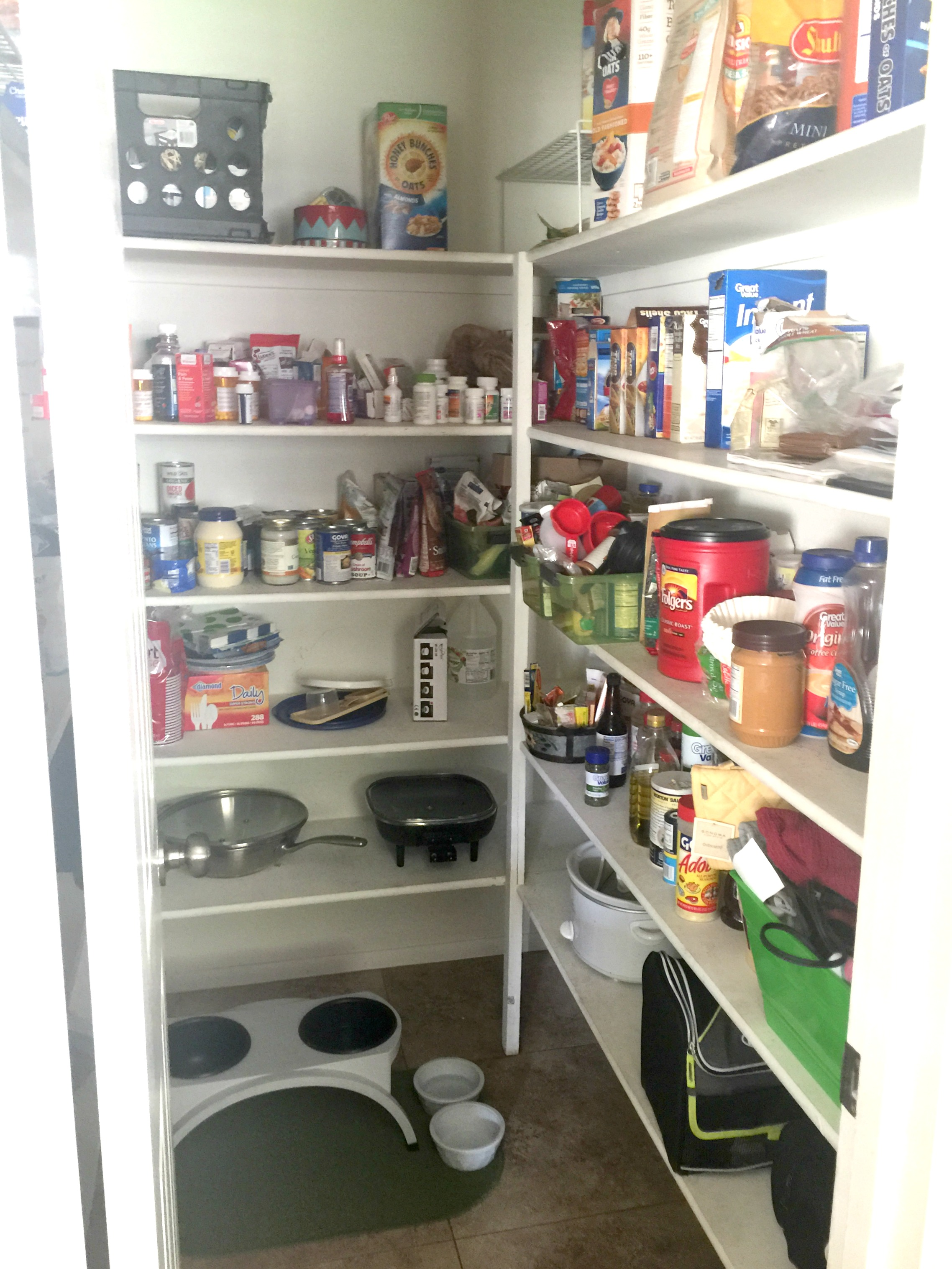 How to organize a pantry BEFORE shot