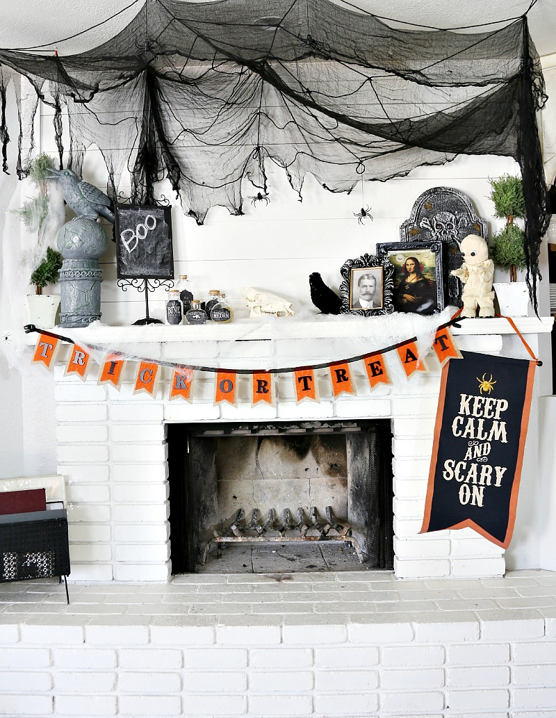 Savannah's Halloween_decor-222