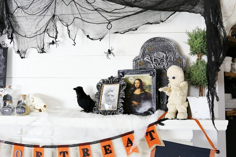 Savannah's Halloween_decor-232