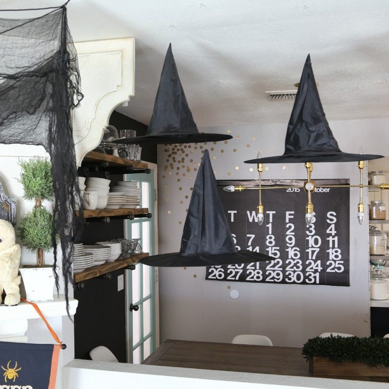 Savannah's Halloween_decor-234