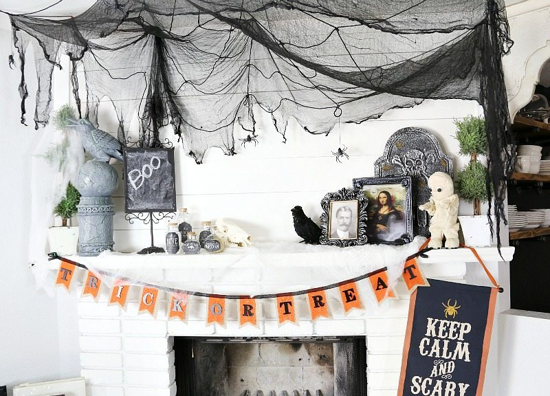 Savannah's Halloween_decor-239