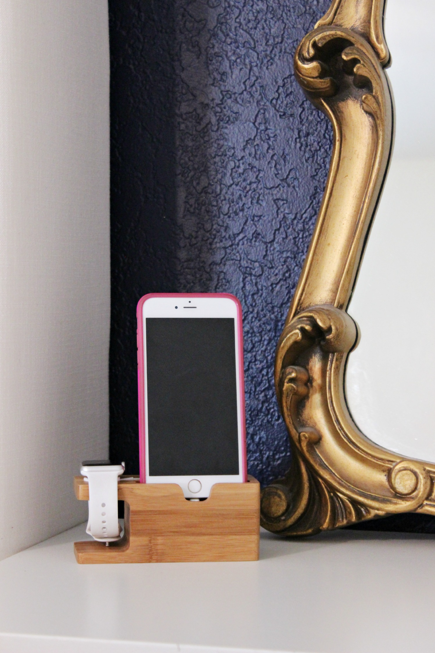 Iphone Dock - www.classyclutter.net