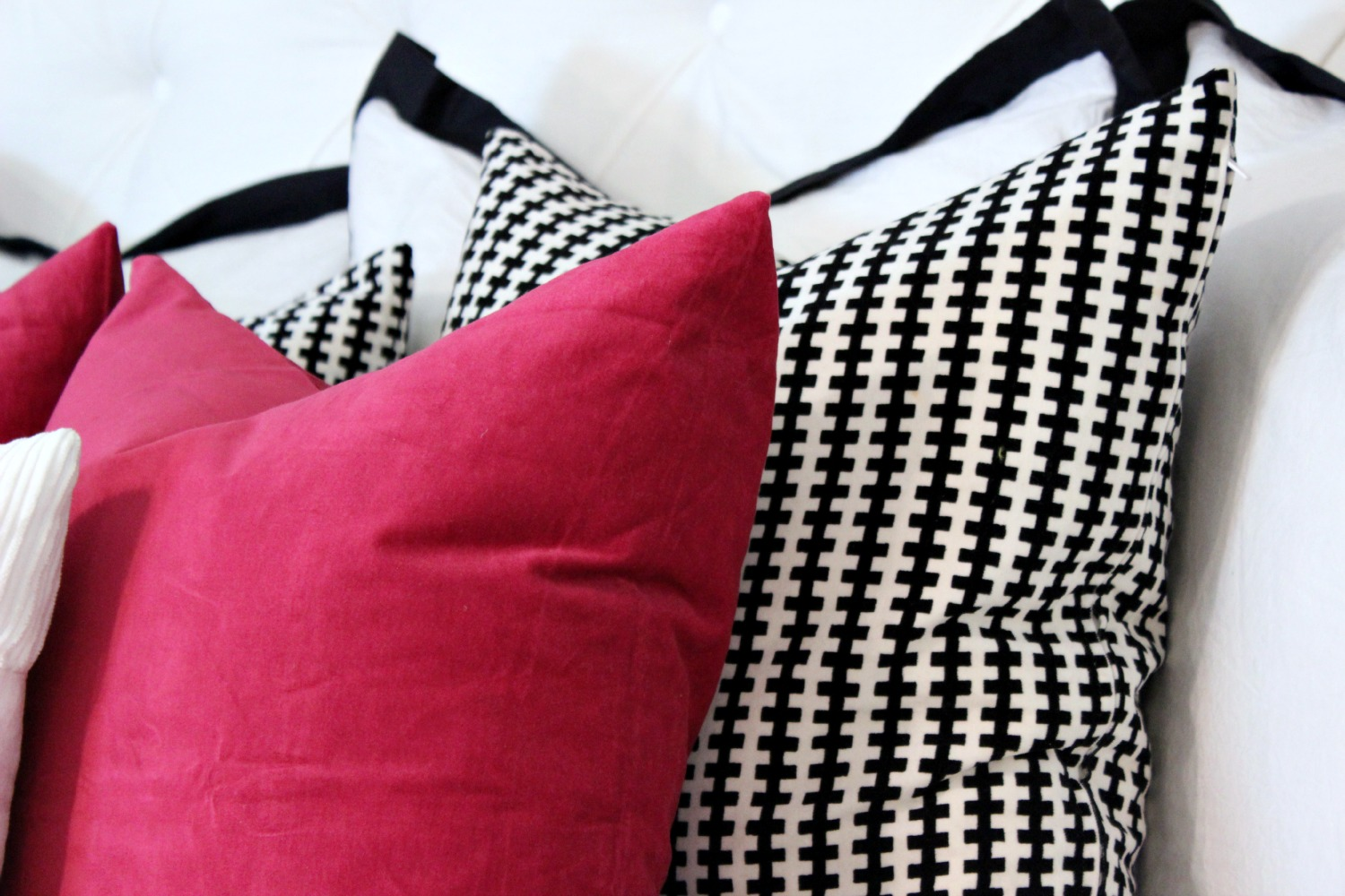 Throw Pillows - www.classyclutter.net
