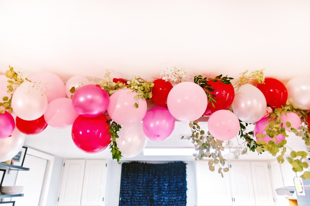 Love this Balloon Garland-Click for more pics