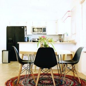Love this Dining Room Makeover-Click for more