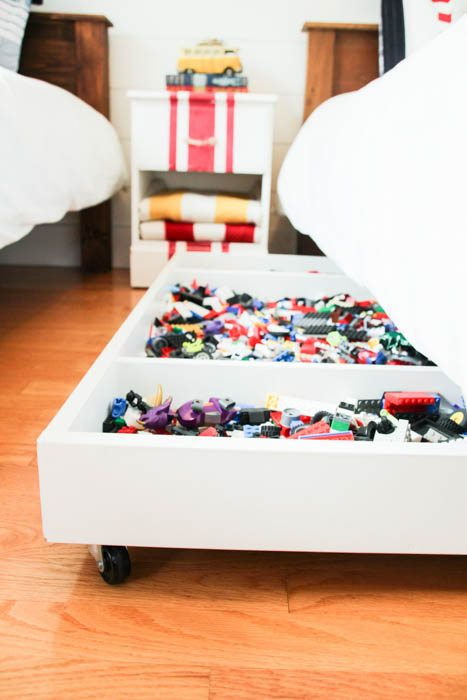 how-to-make-a-DIY-Under-Bed-Rolling-Lego-Storage-Cart-at-thehappyhousie.com-17