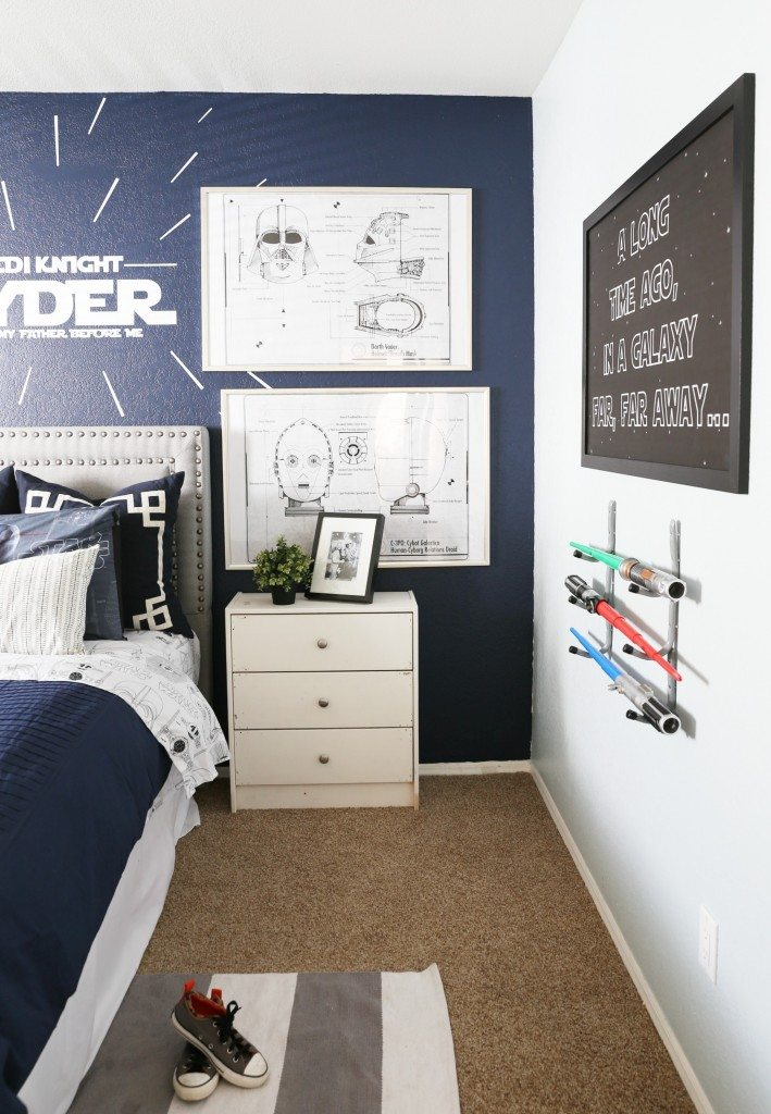 12 darling kids 39 bedroom ideas classy clutter for Star wars kids room decor
