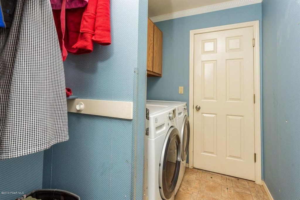 PV Laundry Room Before