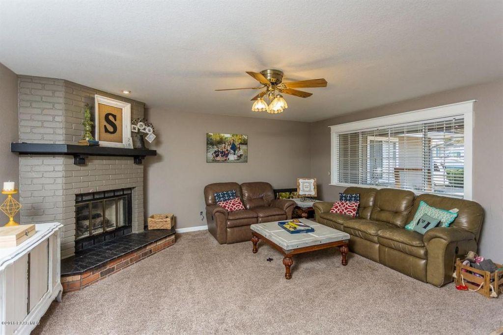 PV Living Room Before 2