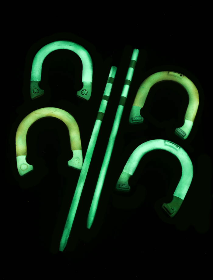 glow-in-the-dark horseshoes