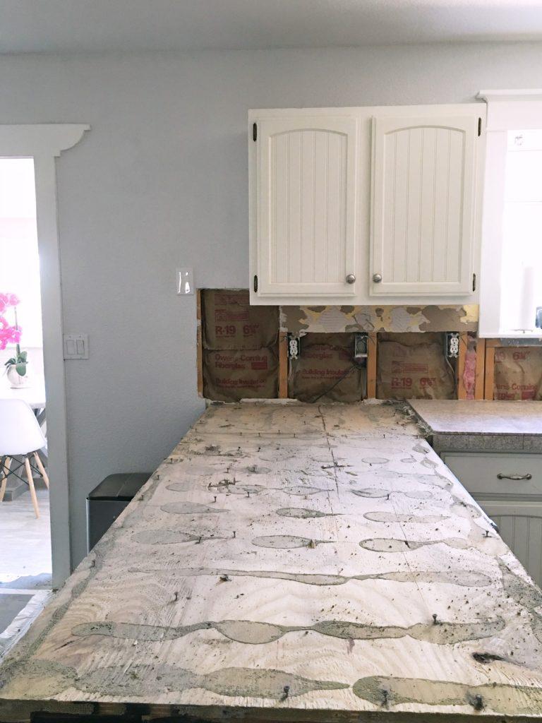kitchen-renovation-remove-countertops