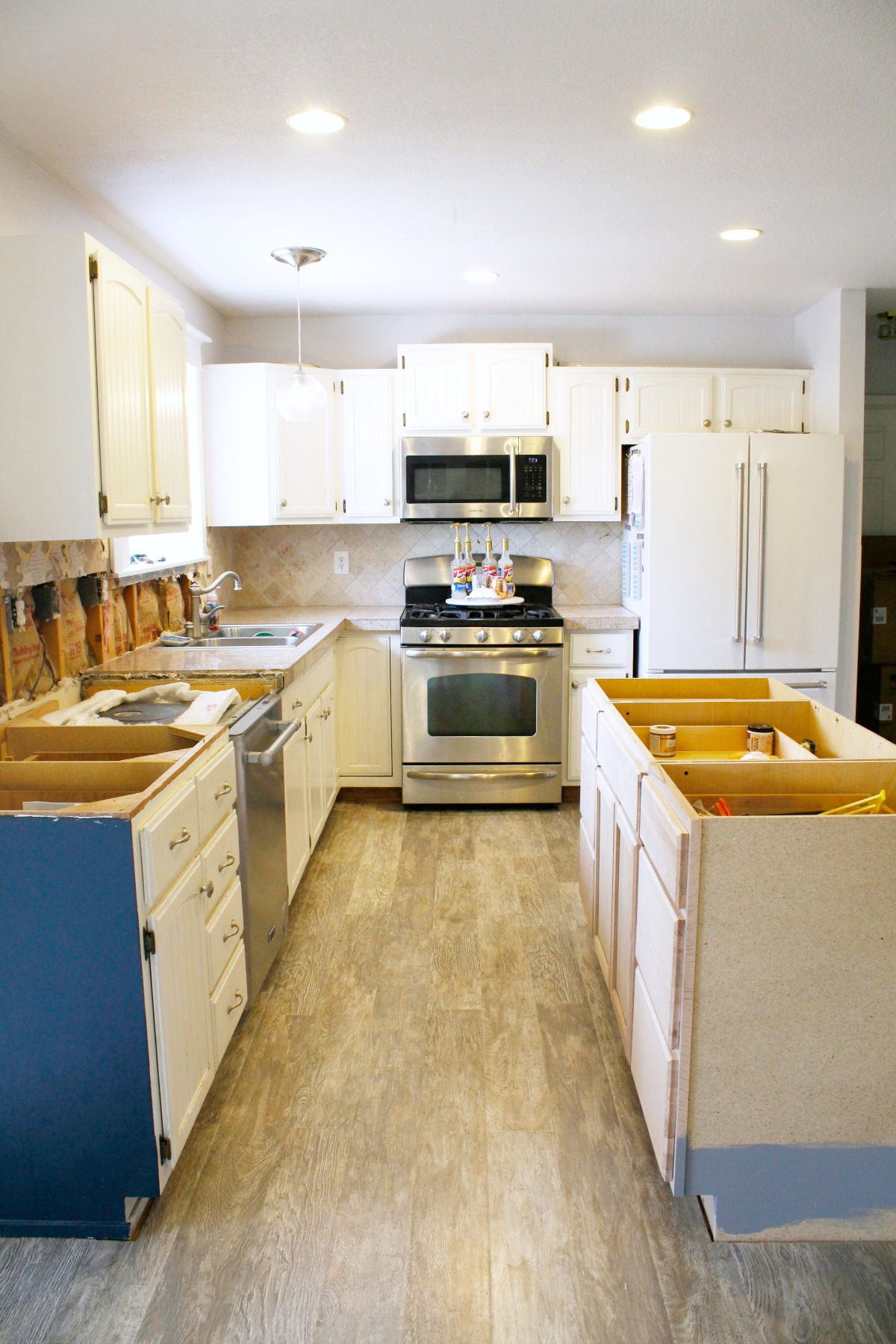 Home Depot Kitchen Lighting at Home and Interior Design Ideas