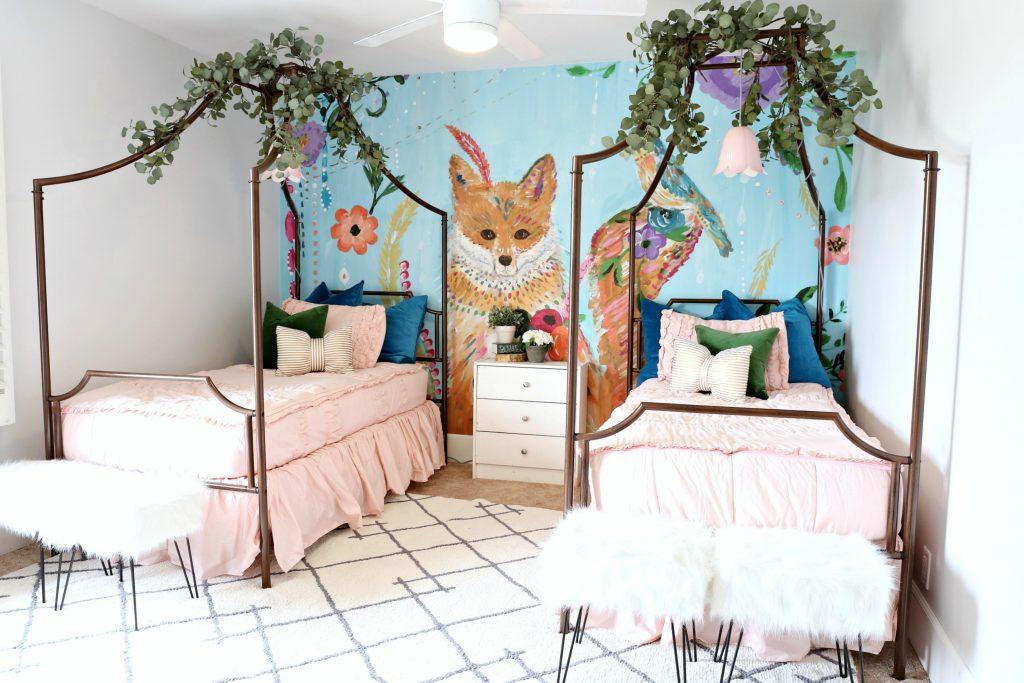 Modern Ranch House: Girls Bedroom Makeover