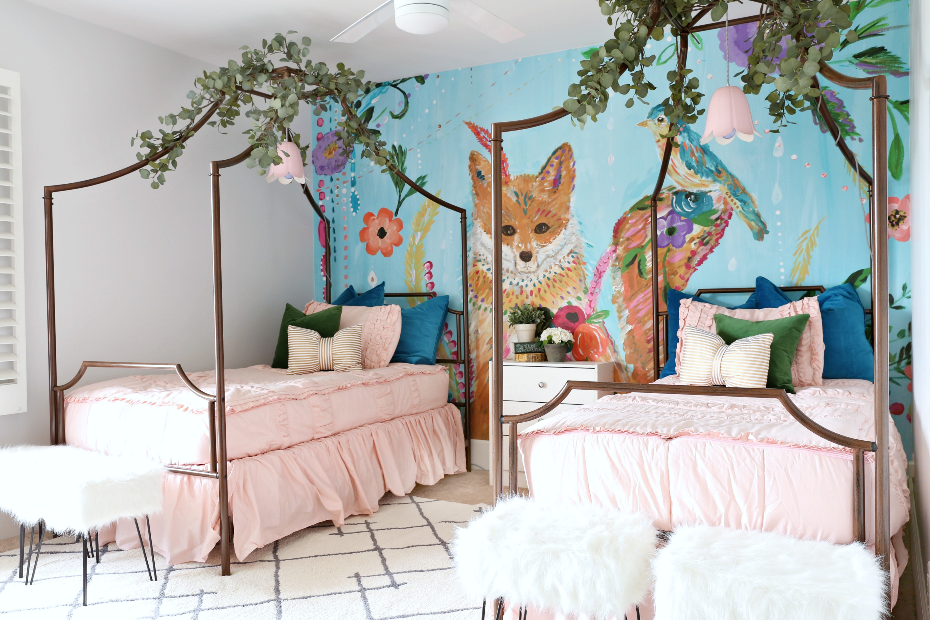 Girls Room: Girls Bedroom Makeover: Colorful And Cute!
