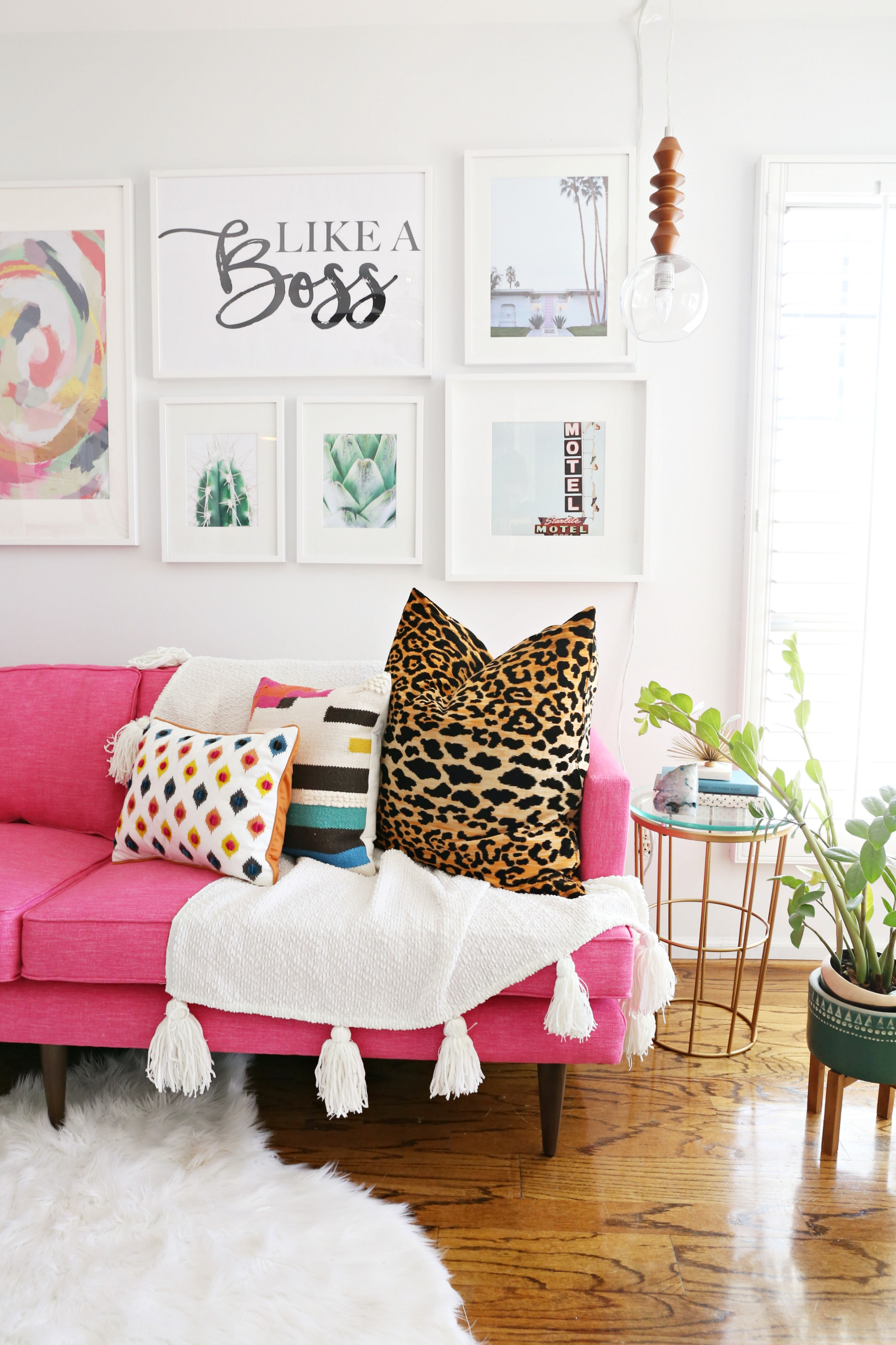 Growing Up In Pink Houses Making Out On Living Room