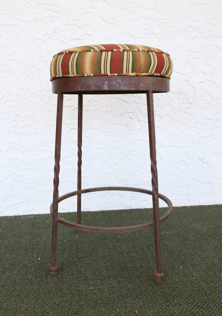 Diy Spray Painted Barstools These Are Now Colorful And Bright