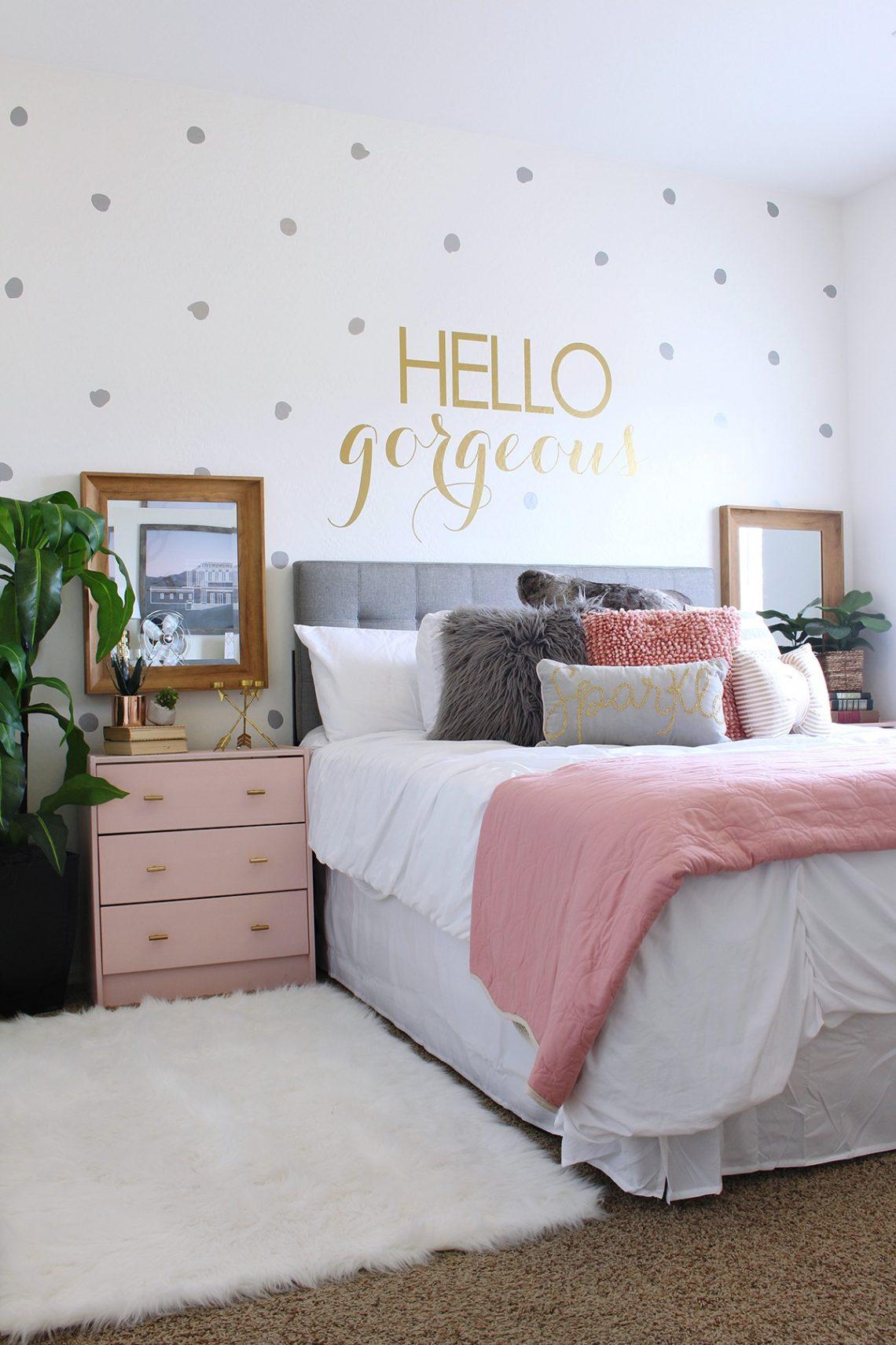 surprise teen girls bedroom makeover