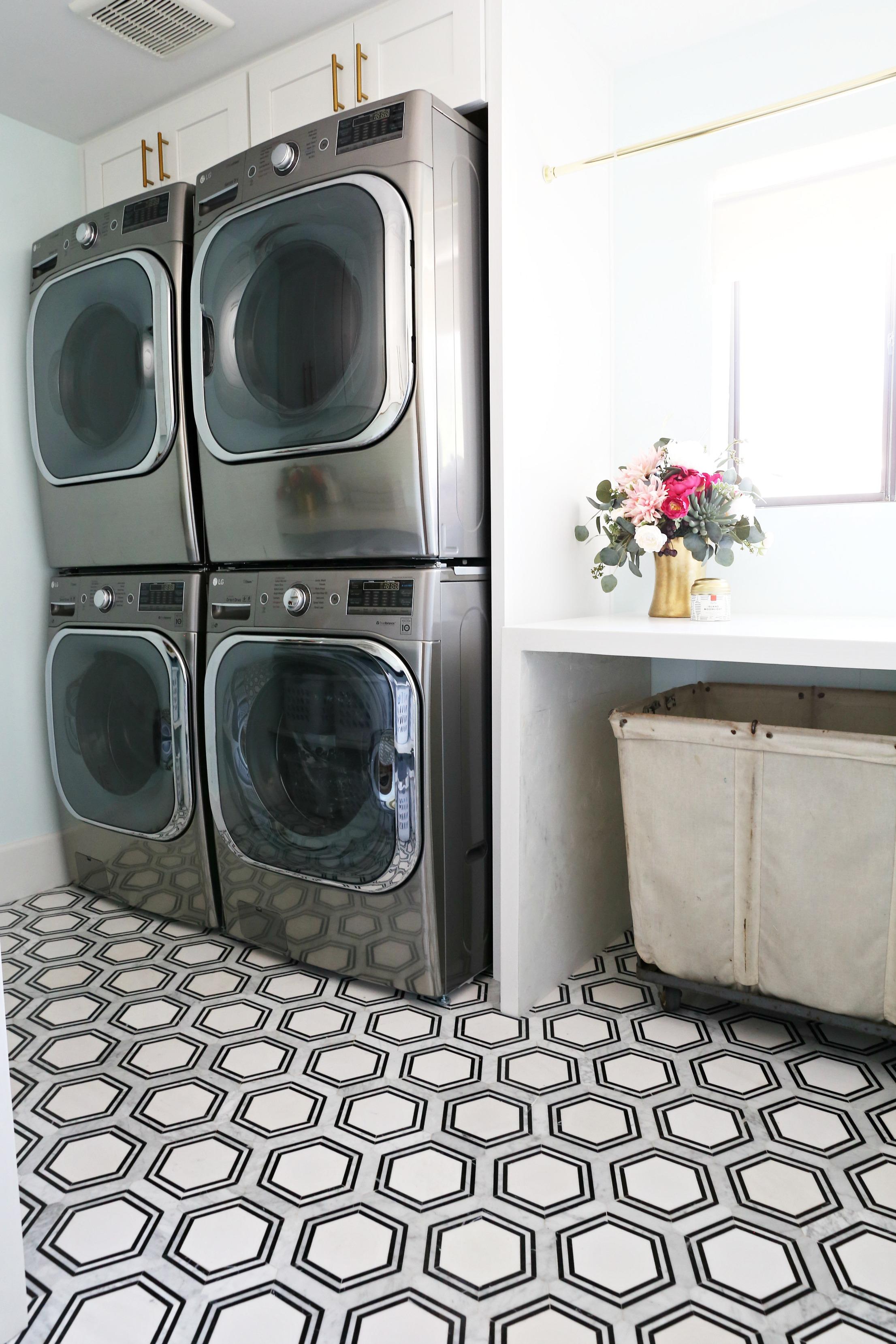 Modern Ranch Reno Laundry Room Reno Part 3 Flooring Classy Clutter